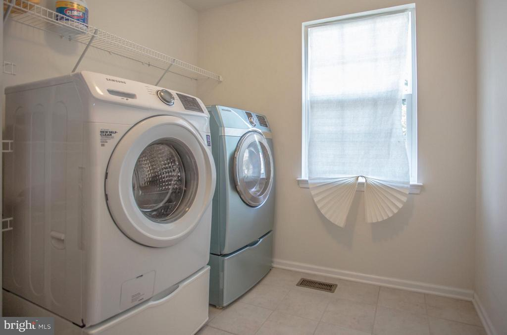 Laundry Room Upper Level - 161 KING EDWARD CT, CULPEPER