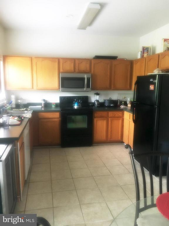 Kitchen - 700 HATCHERS RUN CT, STAFFORD