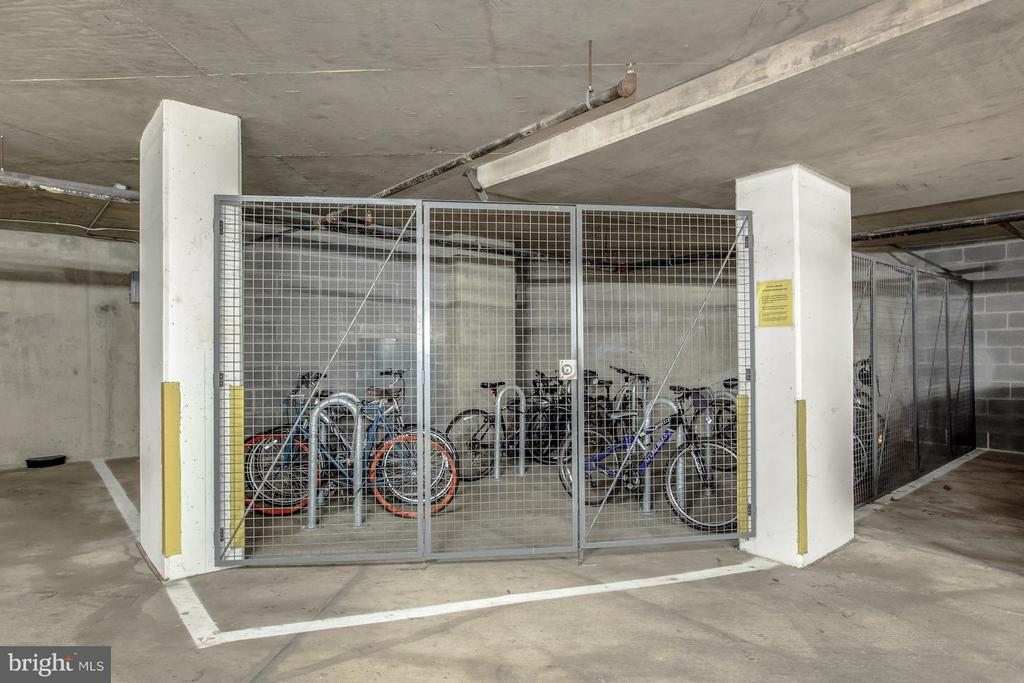 COMMUNITY BIKE STORAGE IS AVAILABLE - 2220 FAIRFAX DR #705, ARLINGTON