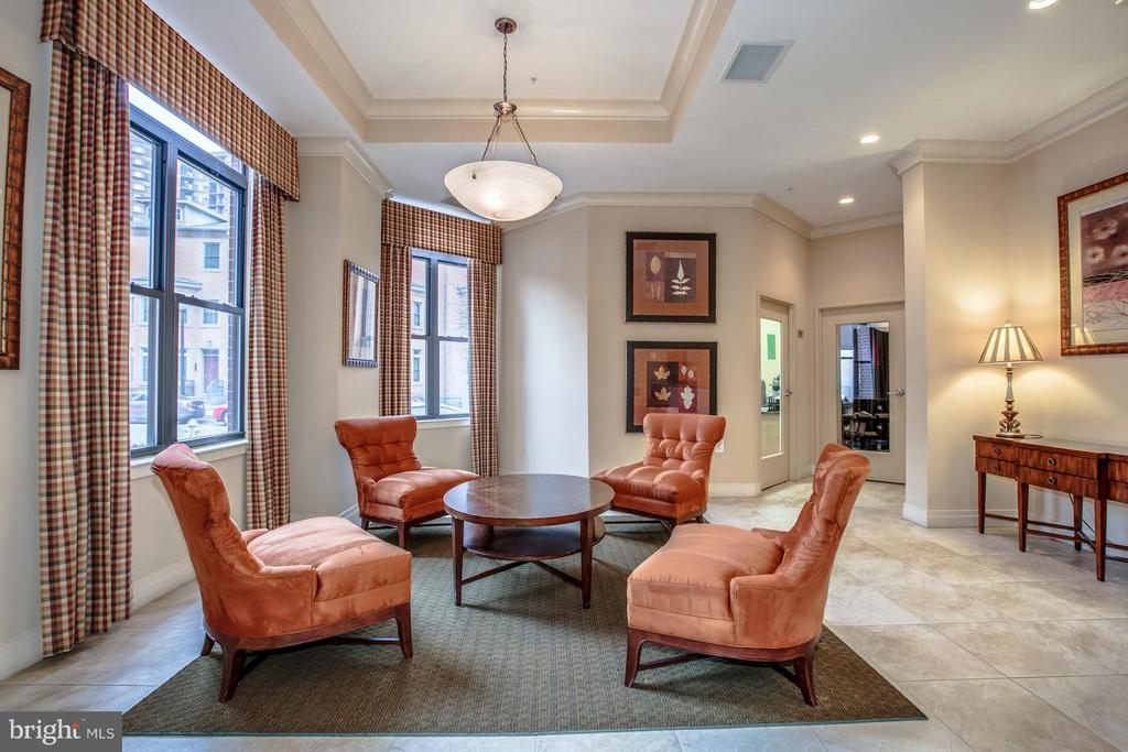 LOBBY - CONDO BUILDING IS PROFESSIONALLY MANAGED - 2220 FAIRFAX DR #705, ARLINGTON