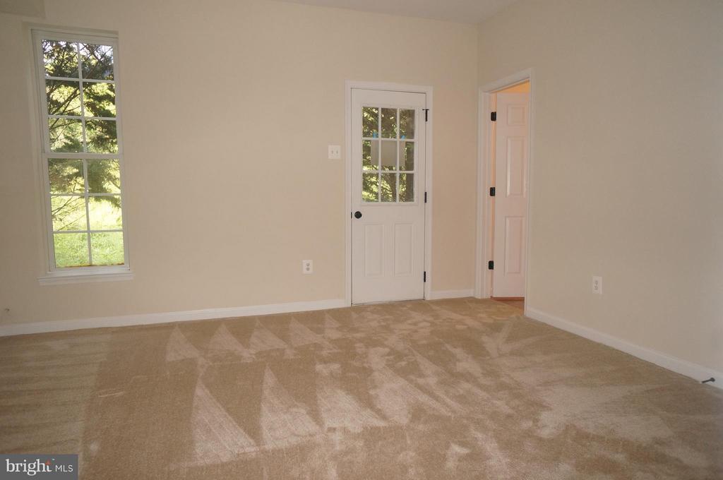Family Room - 844 FAIRVIEW VILLAGE #14, CULPEPER