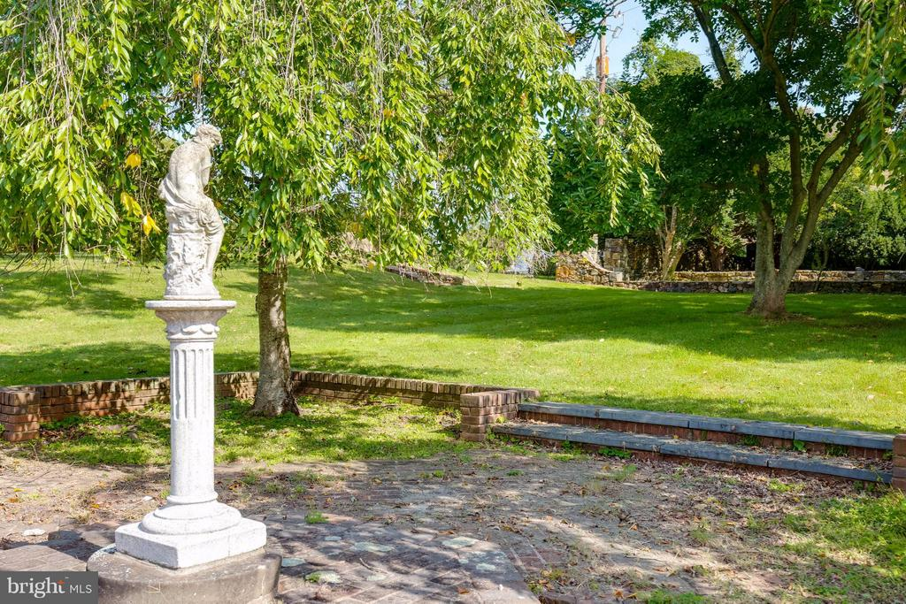 Serene Gardens - 7570 FALKLAND DR, GAINESVILLE