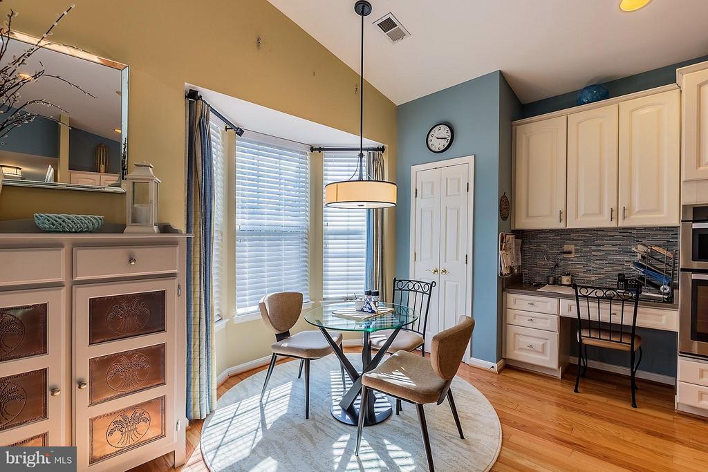 Breakfast Room With Bay Window - 3714 EQUINOX WAY, DUMFRIES