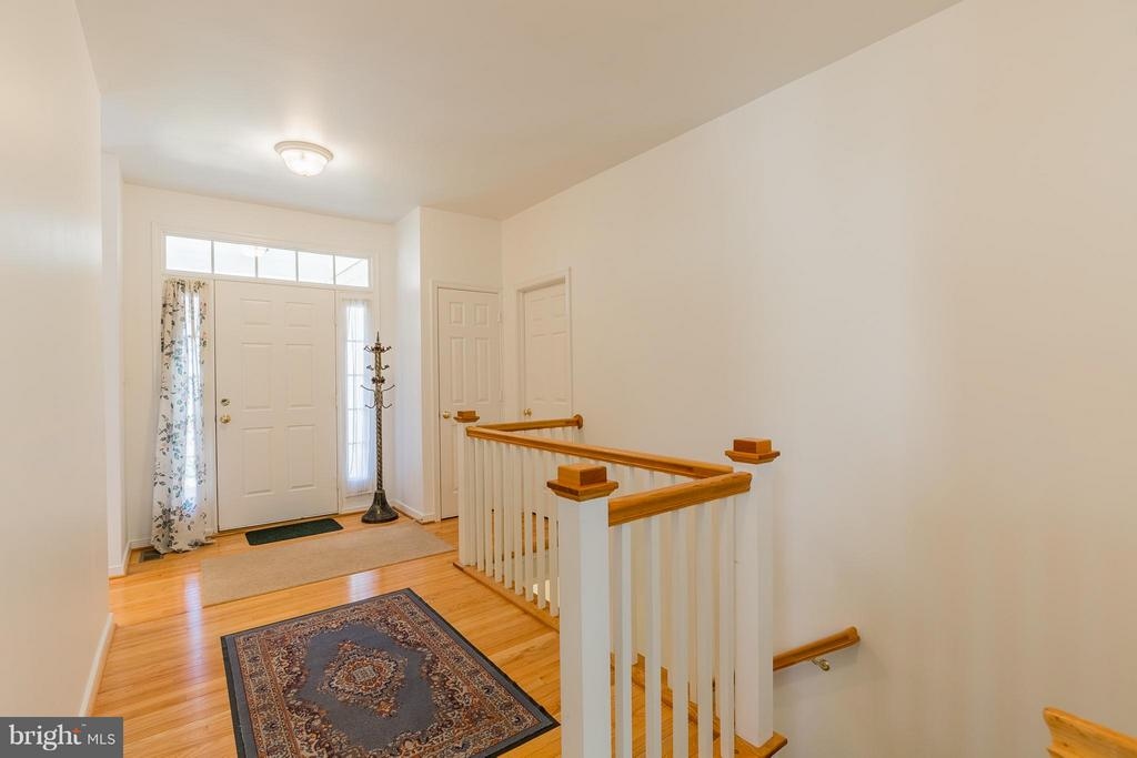 Foyer - 4936 BREEZE WAY, DUMFRIES