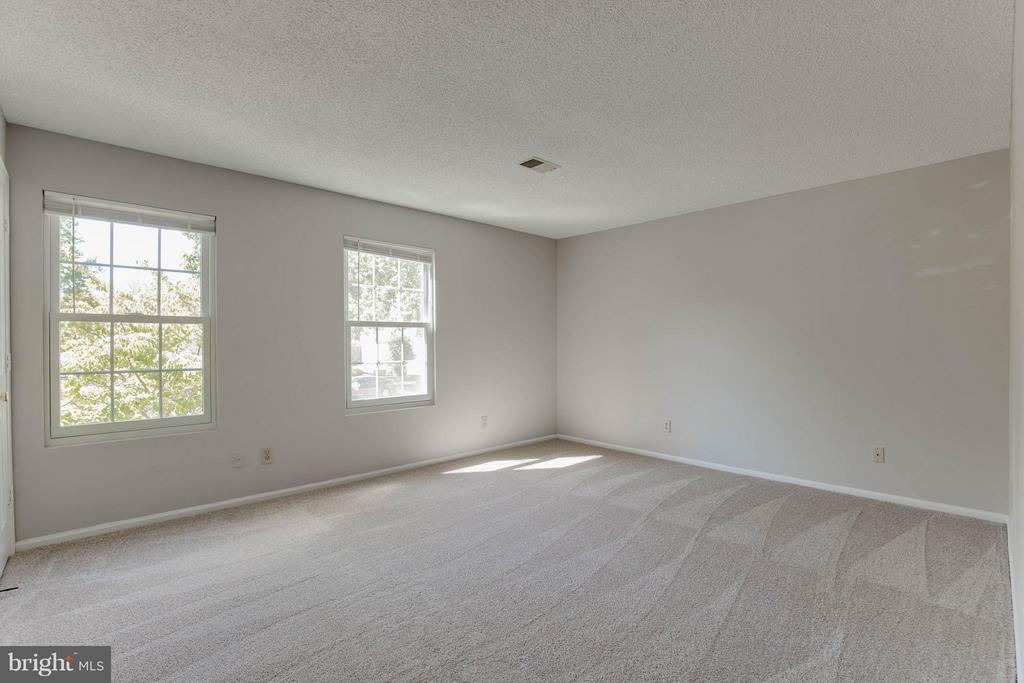 Bedroom 1 - 1112 HUNTMASTER TER NE #202, LEESBURG