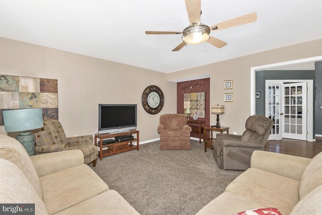 Family Room - 5903 RIVERWOOD CT, FREDERICK