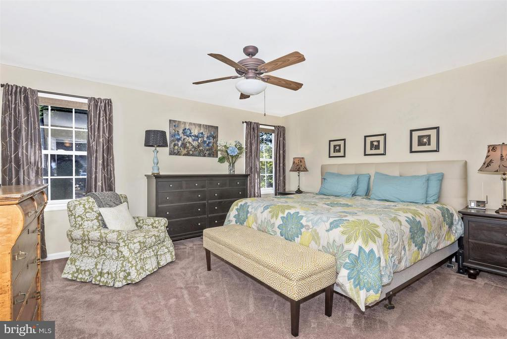 Bedroom (Master) - 5903 RIVERWOOD CT, FREDERICK