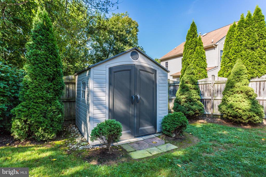 Shed - 5903 RIVERWOOD CT, FREDERICK