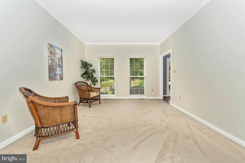 Living Room - 10 HACKETT CT, POOLESVILLE