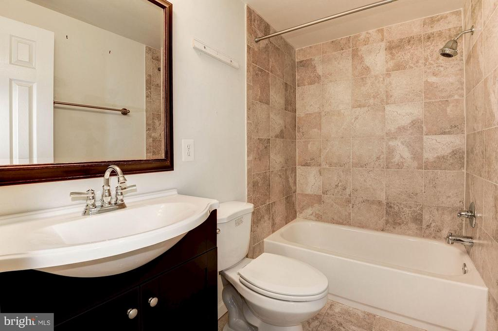 Bathroom #2 - 602 MERLINS LN, HERNDON