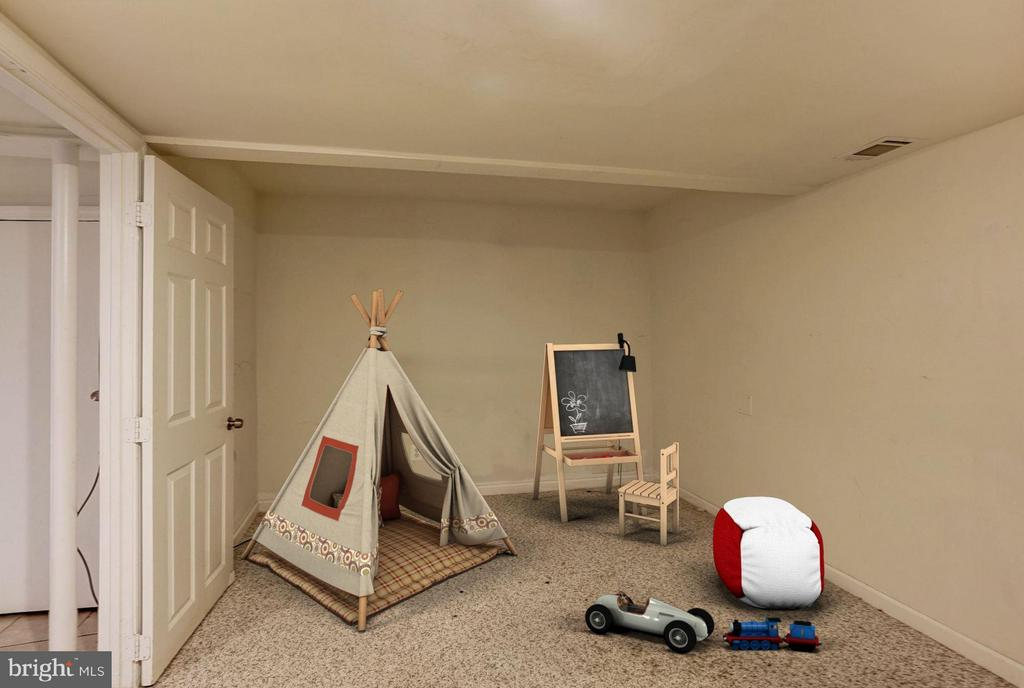Bedroom #6 - 602 MERLINS LN, HERNDON