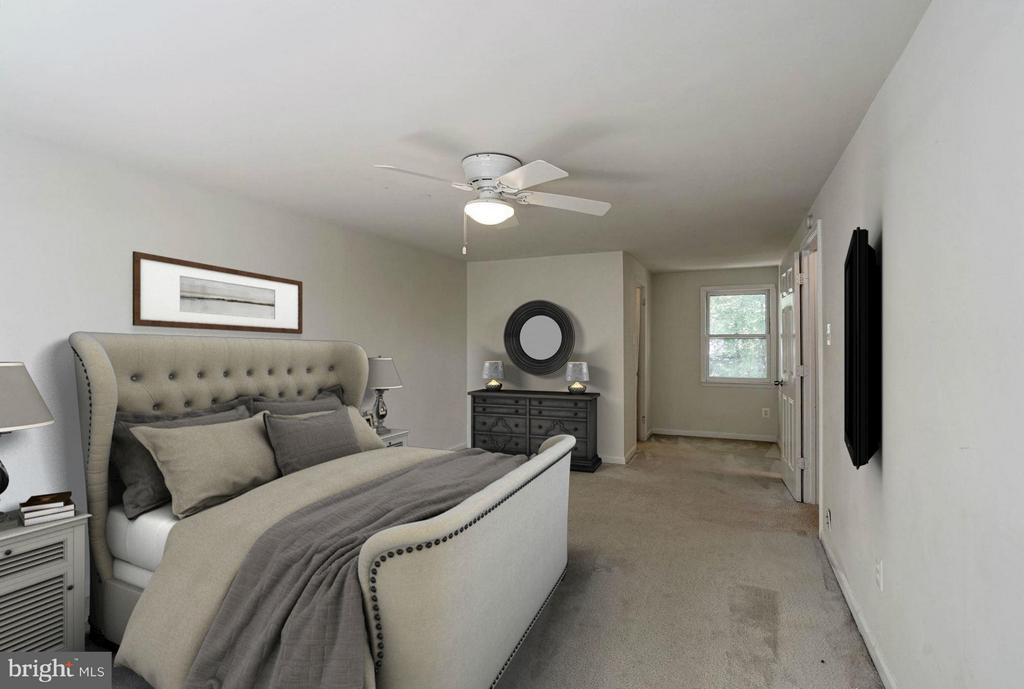 Master Bedroom (3 of 3) - 602 MERLINS LN, HERNDON
