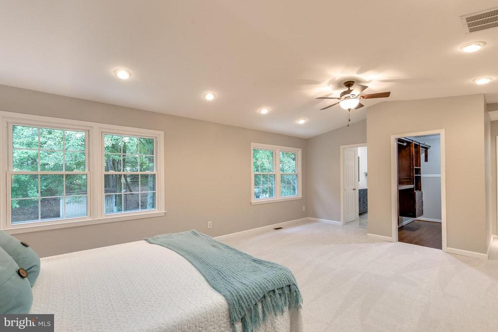 Natural light through windows. - 12105 METCALF CIR, FAIRFAX