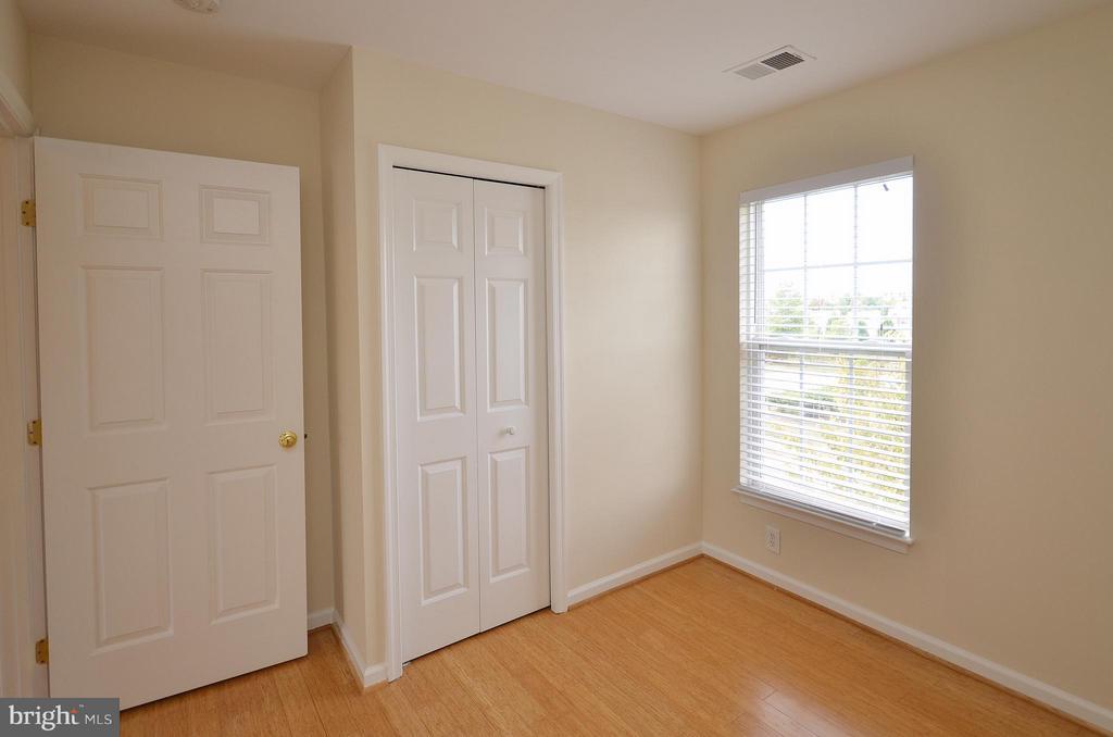 Bedroom 3 - 204 SHIRLEY SQ SE, LEESBURG