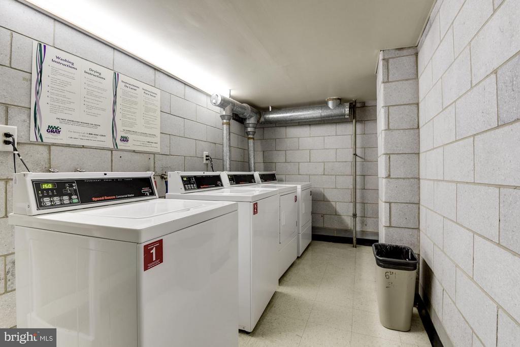 2 laundry rooms on each floor - 1300 ARMY NAVY DR #630, ARLINGTON
