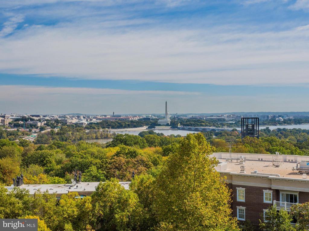 View of river, city & monuments - 1200 NASH ST #857, ARLINGTON
