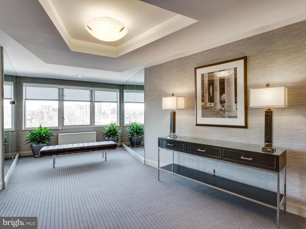 8th Floor Lobby - 1200 NASH ST #857, ARLINGTON