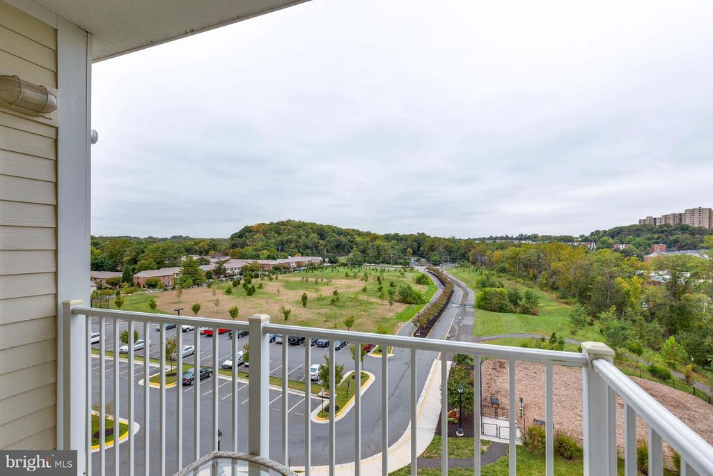 Total privacy from the 6th floor - 6301 EDSALL RD #620, ALEXANDRIA