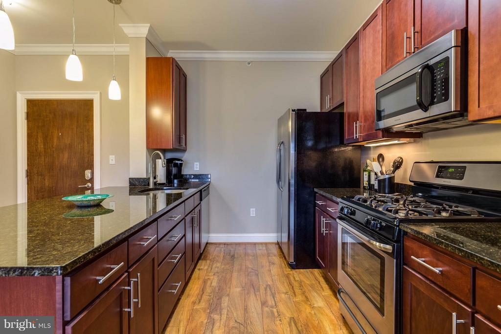 Kitchen - 6301 EDSALL RD #620, ALEXANDRIA