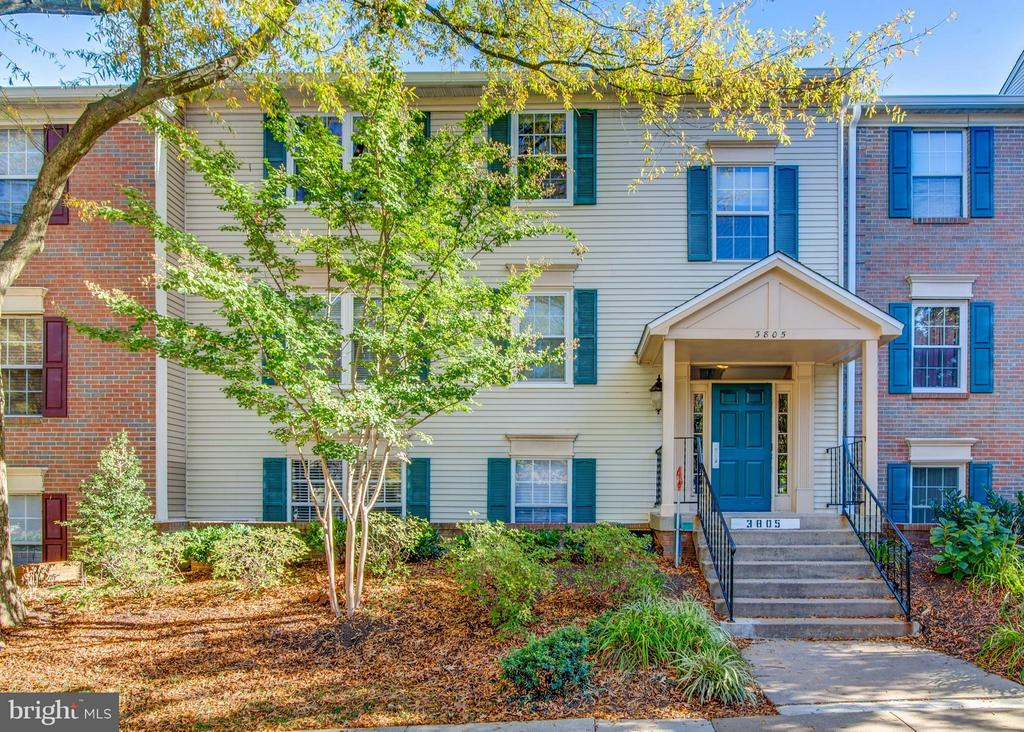Exterior (Front) - 3805 GREEN RIDGE CT #101, FAIRFAX