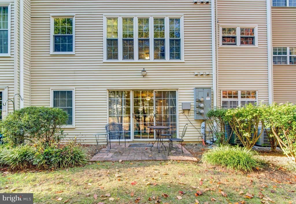 Exterior (Rear) - 3805 GREEN RIDGE CT #101, FAIRFAX