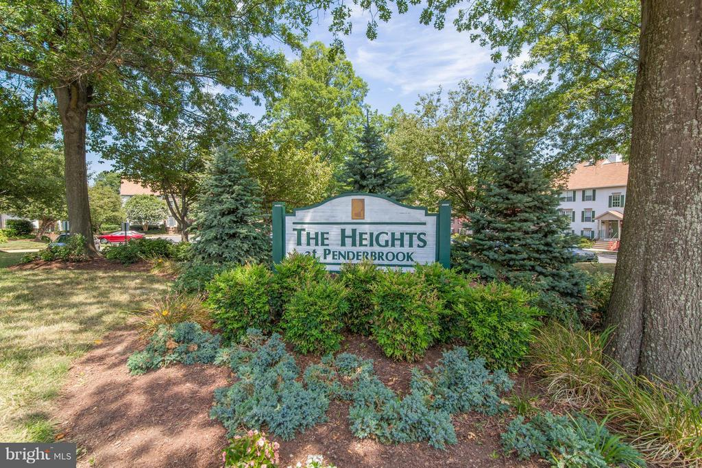 Exterior (General) - 3805 GREEN RIDGE CT #101, FAIRFAX