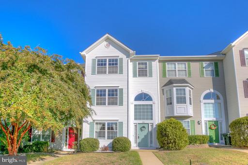 305 DONELSON LOOP