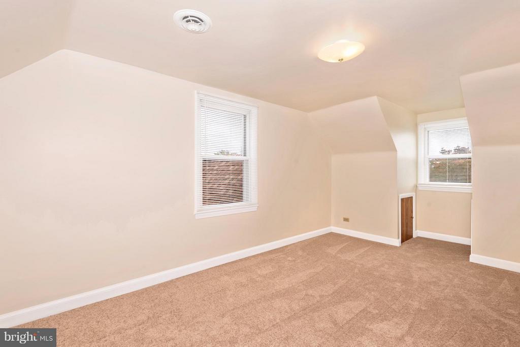 Bedroom - 23724 PLEASANT VIEW LN, GAITHERSBURG