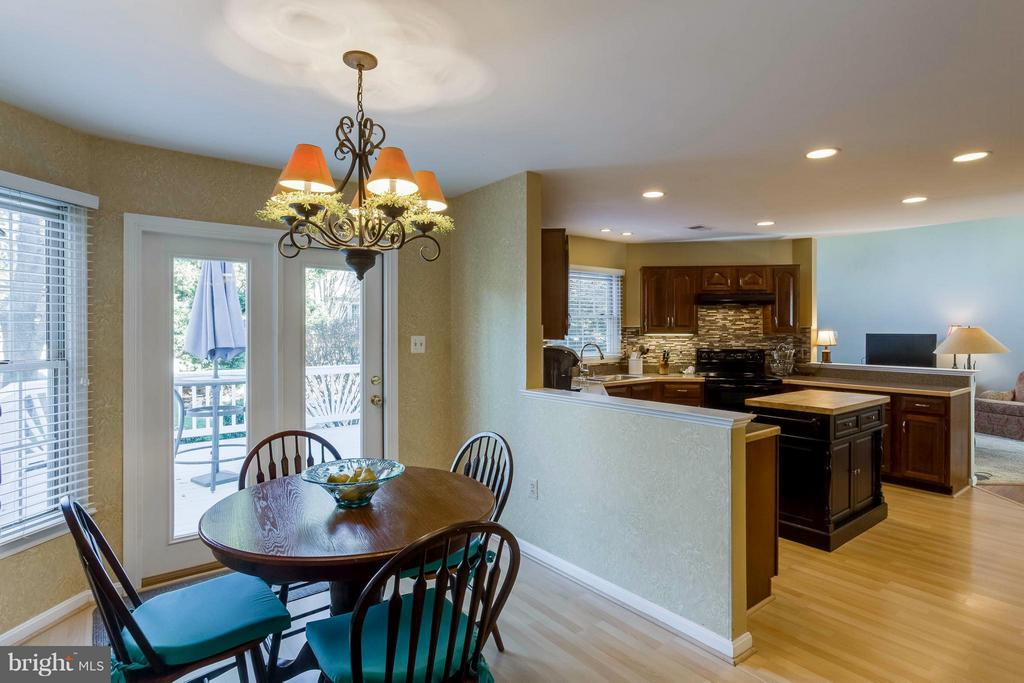 Eat in kitchen with French door to back yard deck - 6 APPLING RD, STAFFORD