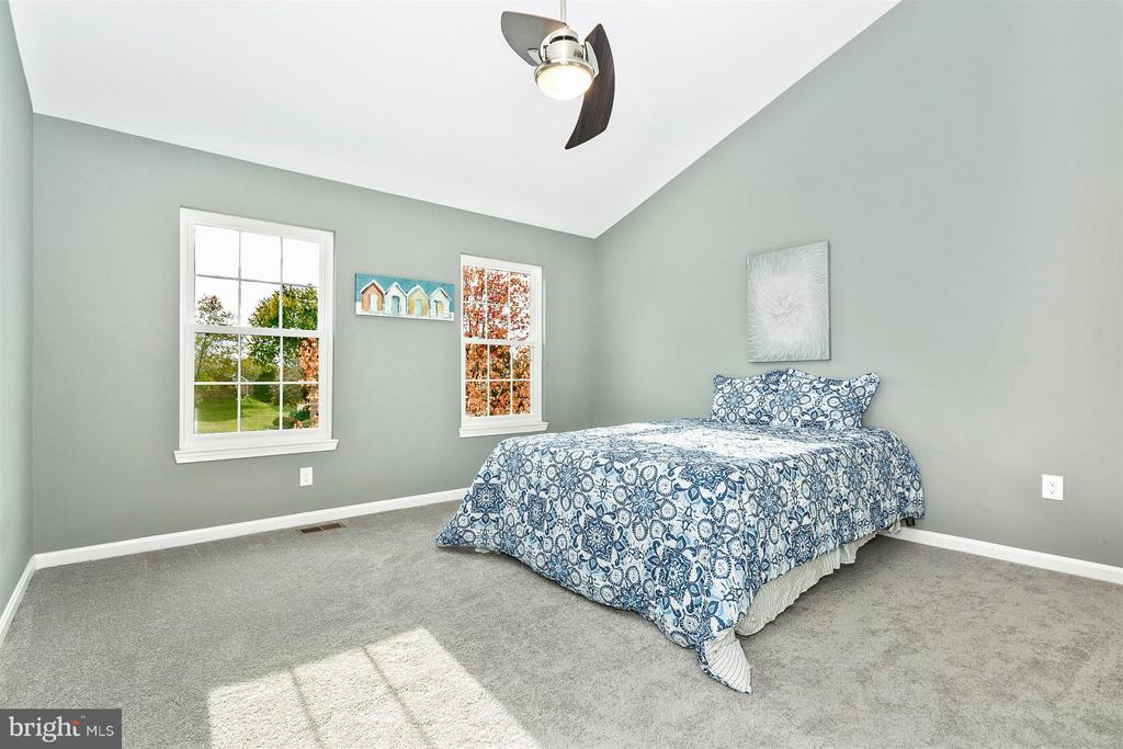 New paint, carpet & pad. - 8 TANEY CT, TANEYTOWN