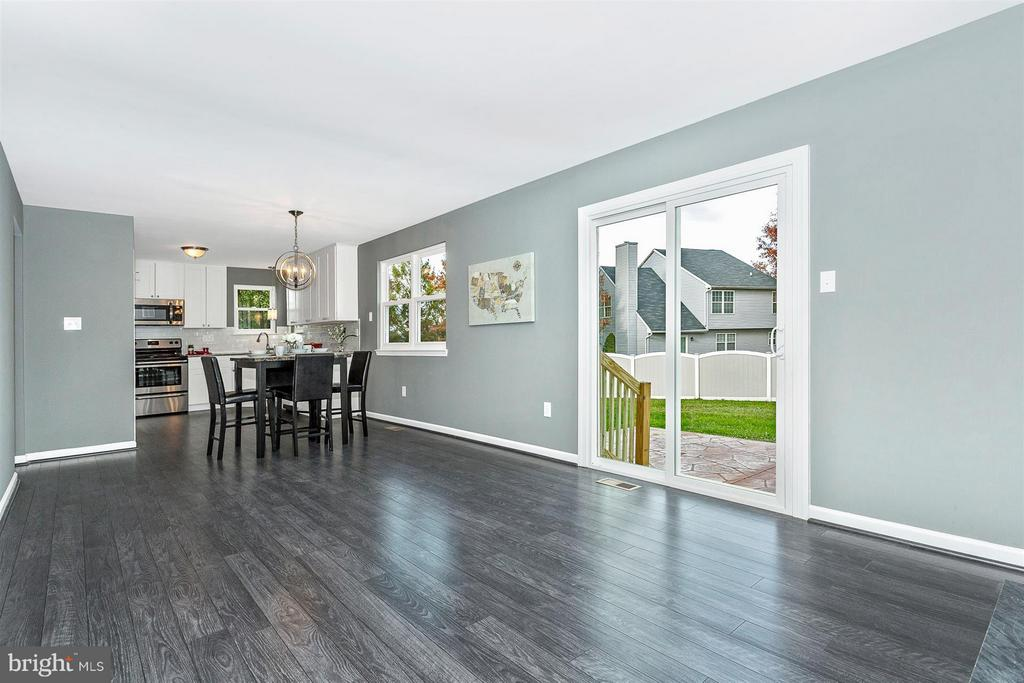 Lots of natural light. - 8 TANEY CT, TANEYTOWN