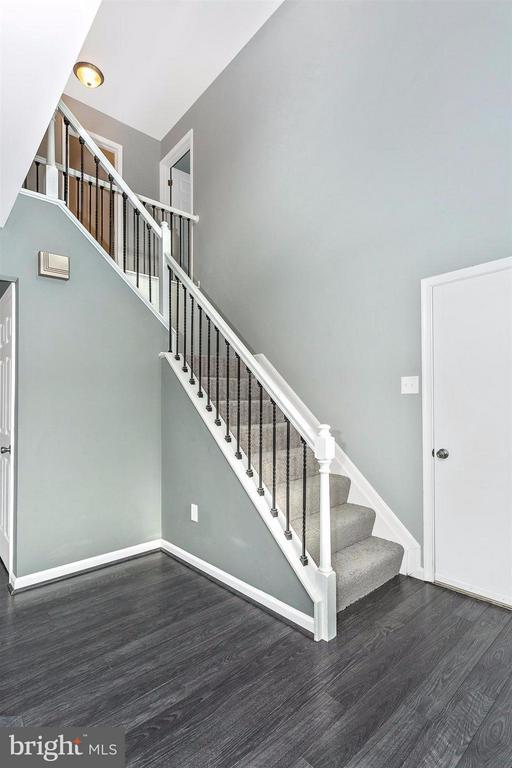 Designer laminate hardwood flooring throughout. - 8 TANEY CT, TANEYTOWN