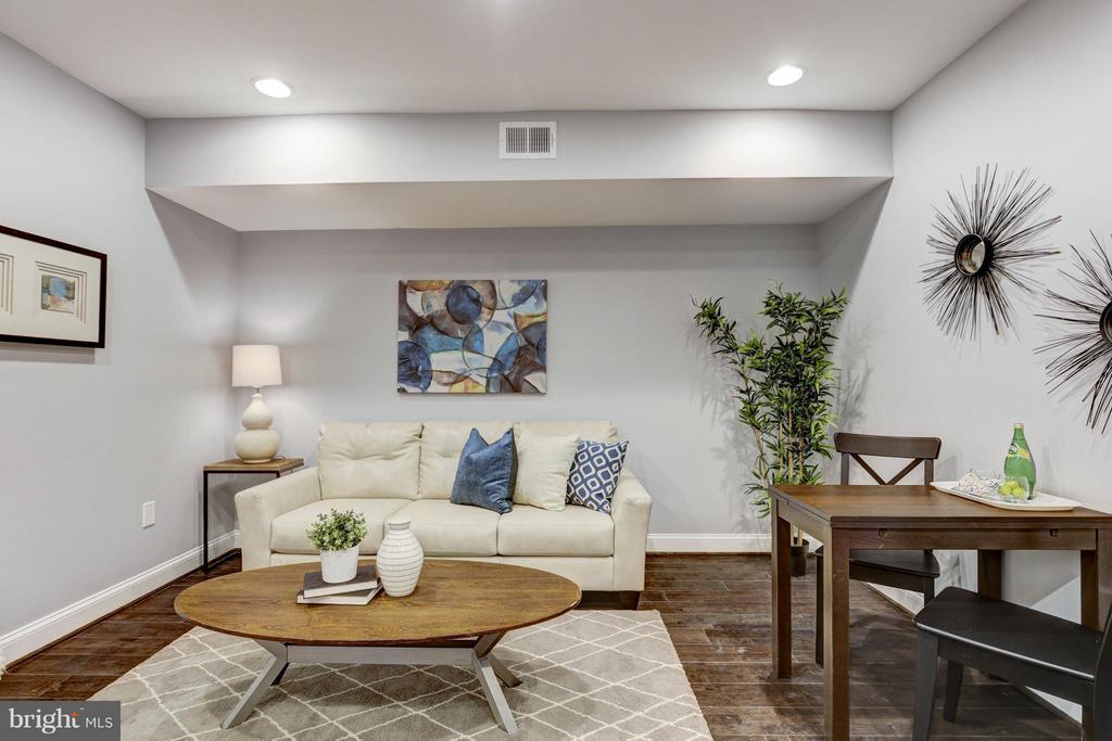 Living Room - 1725 TRINIDAD AVE NE #3, WASHINGTON