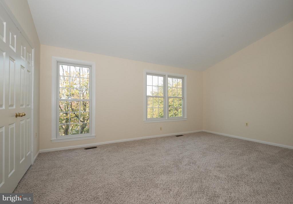Bedroom - 6537 MILVA LN, SPRINGFIELD