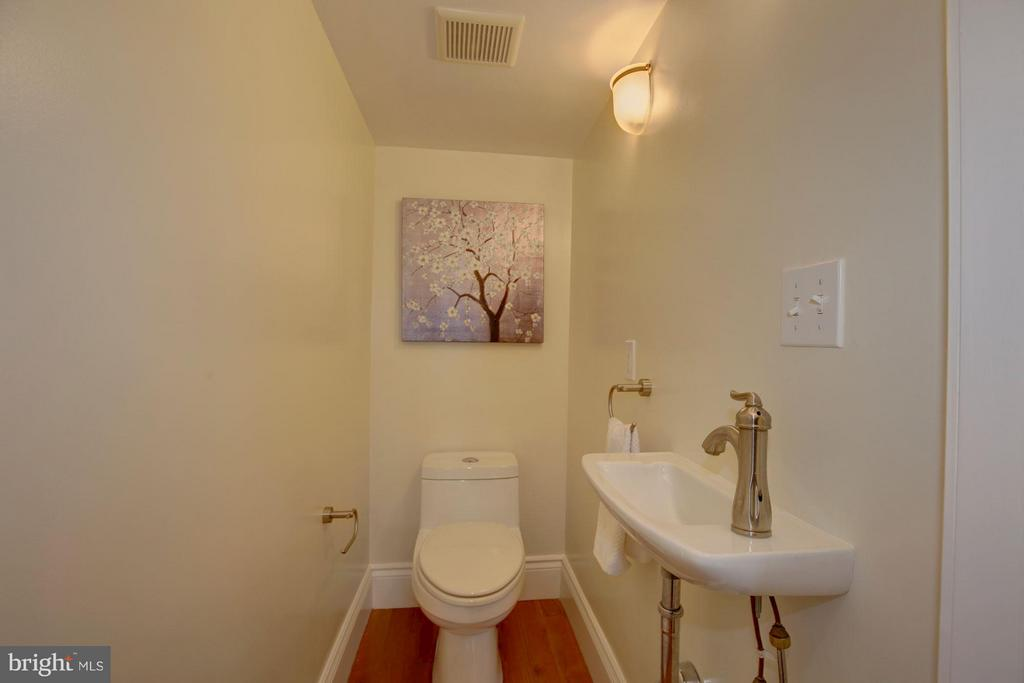 Half Bath on First Floor - 1366 G ST SE, WASHINGTON