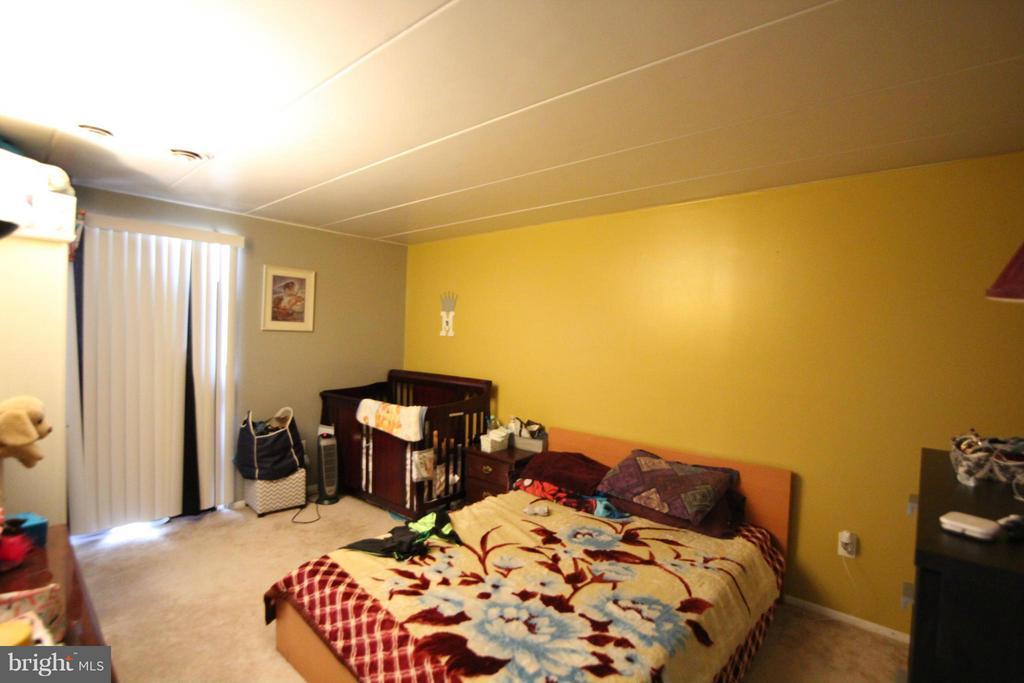 Bedroom (Master) - 2616 FORT FARNSWORTH RD #247, ALEXANDRIA