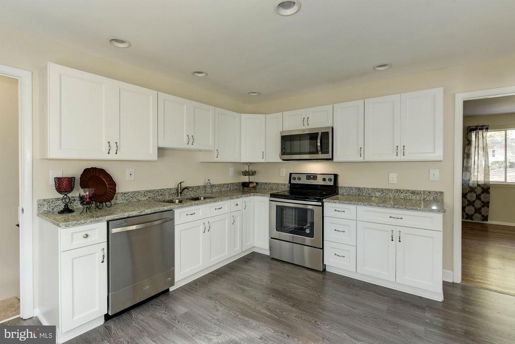 Kitchen - 9521 4TH PL, LORTON