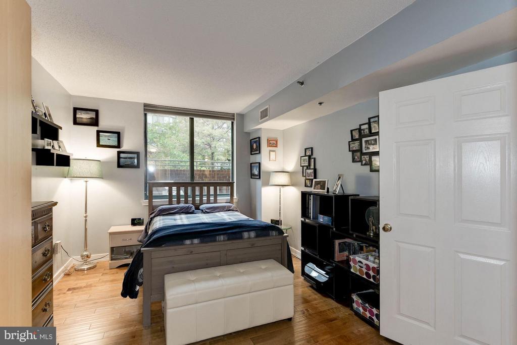 Bedroom (Master) - 1045 UTAH ST #2-106, ARLINGTON