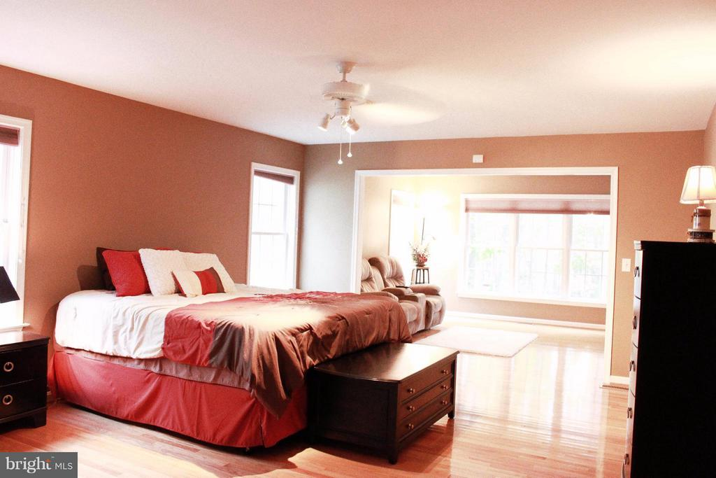 Bedroom (Master) - 706 GOLD VALLEY RD, LOCUST GROVE