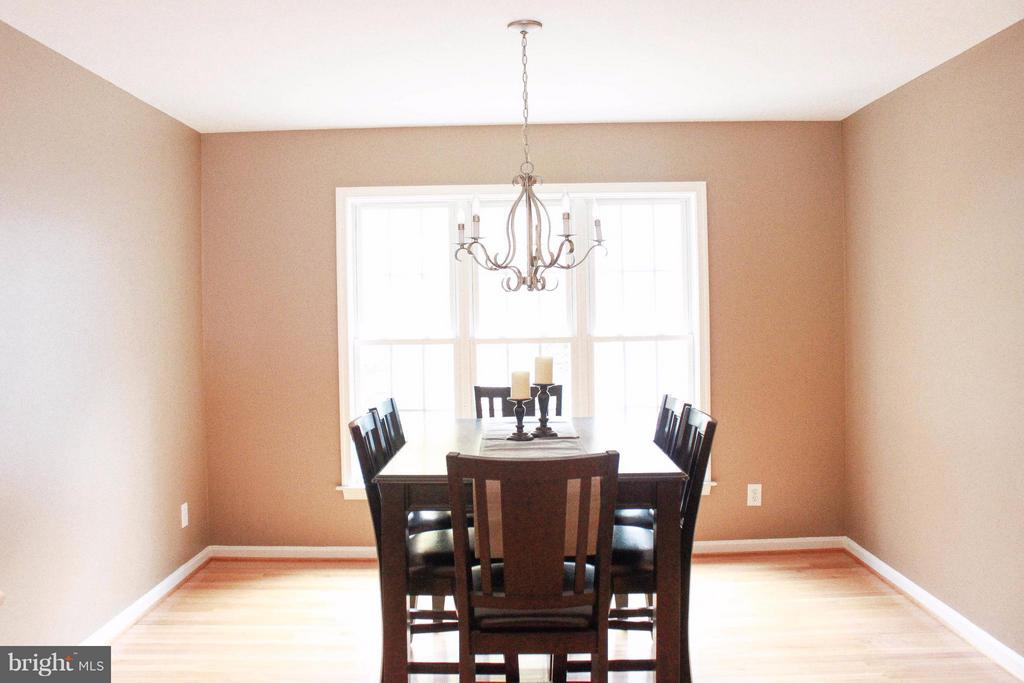 Dining Room - 706 GOLD VALLEY RD, LOCUST GROVE