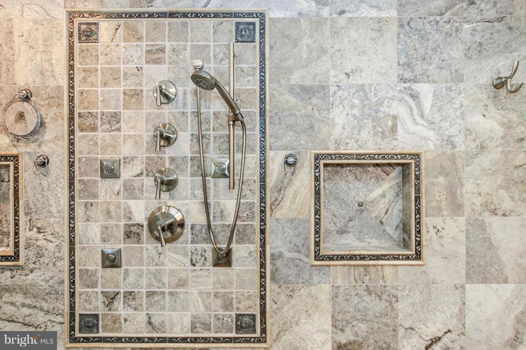 Gorgeous travertine tile with multiple shower head - 17 LIPSCOMB CT, STERLING