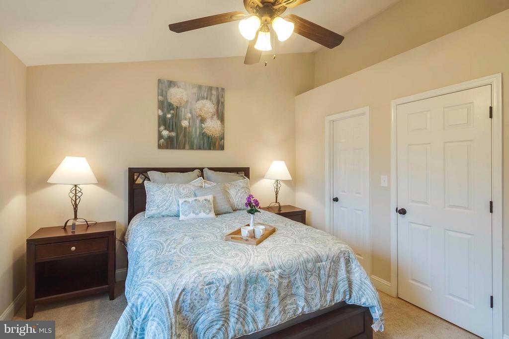 Bedroom (Master) - 6648 BARRETT RD, FALLS CHURCH