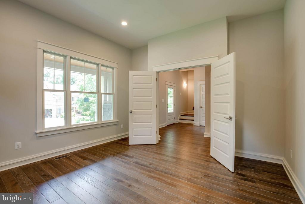 Living Room or Main Level Office - 854 3RD ST, HERNDON