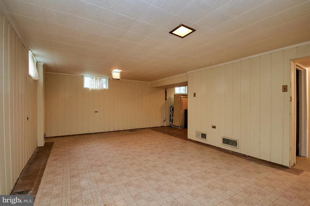 Basement - 5404 23RD ST N, ARLINGTON