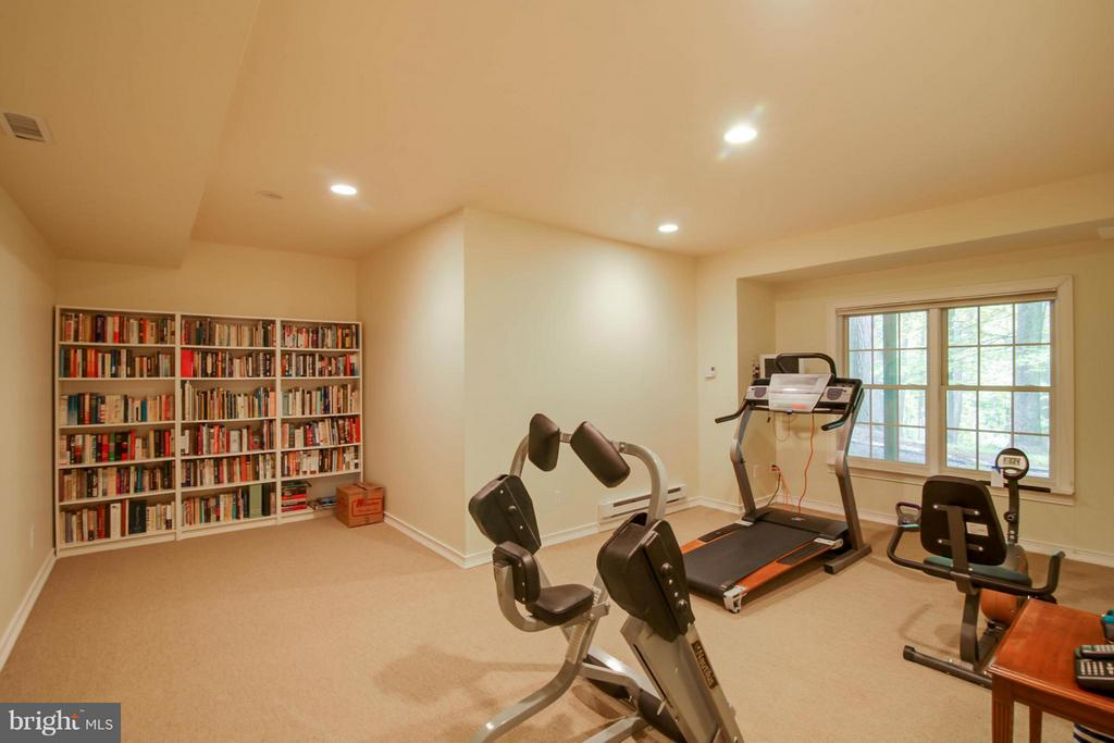 Exercise Room could be 6th Bdrm - 11597 CEDAR CHASE RD, HERNDON