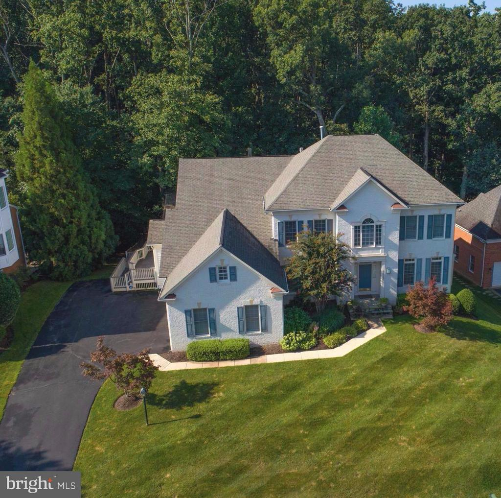 Exterior (General) - 11597 CEDAR CHASE RD, HERNDON