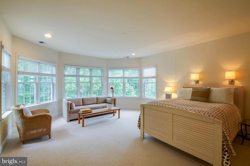 Bedroom (Master) - 11597 CEDAR CHASE RD, HERNDON