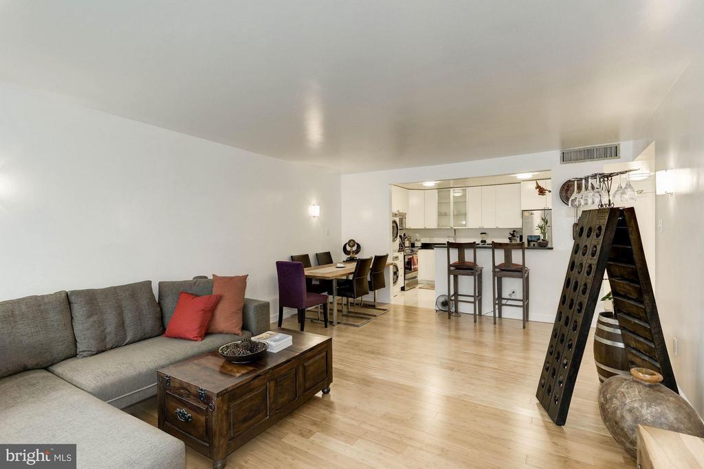 Living Room - 6301 STEVENSON AVE #808, ALEXANDRIA