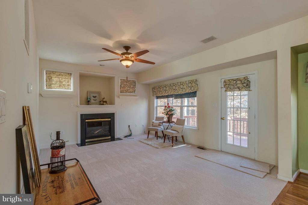 Family Room - 15532 WINDWARD CT, DUMFRIES
