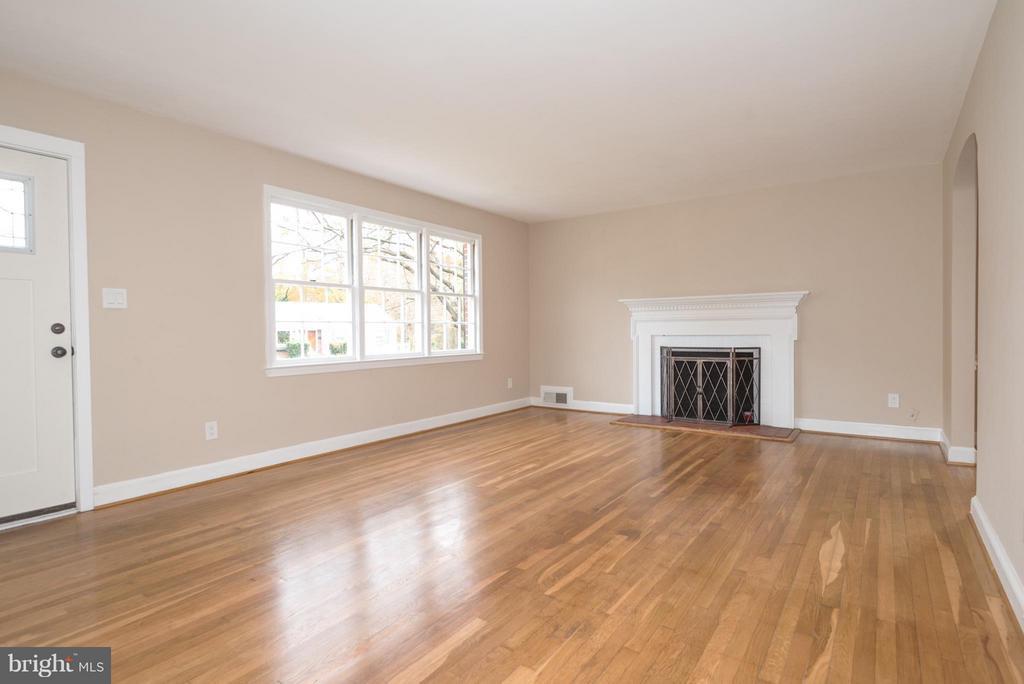 Living Room - 5302 ATLEE PL, SPRINGFIELD
